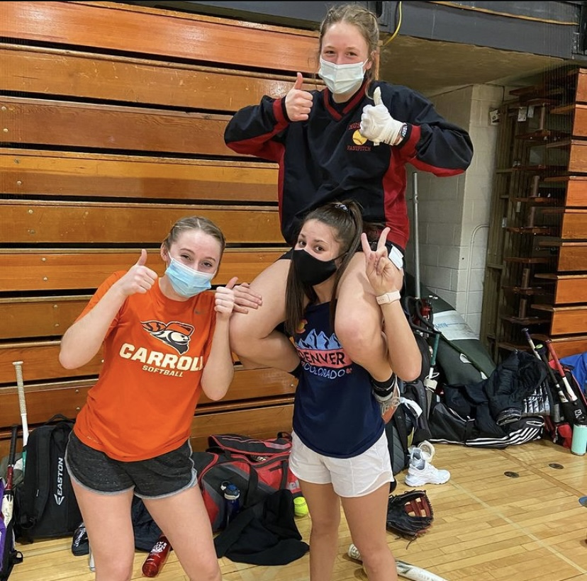 The girls bonding at open gym, still putting the work in.